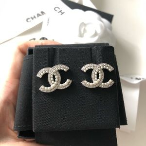 Chanel Classic CC Pearl Crystal Earrings